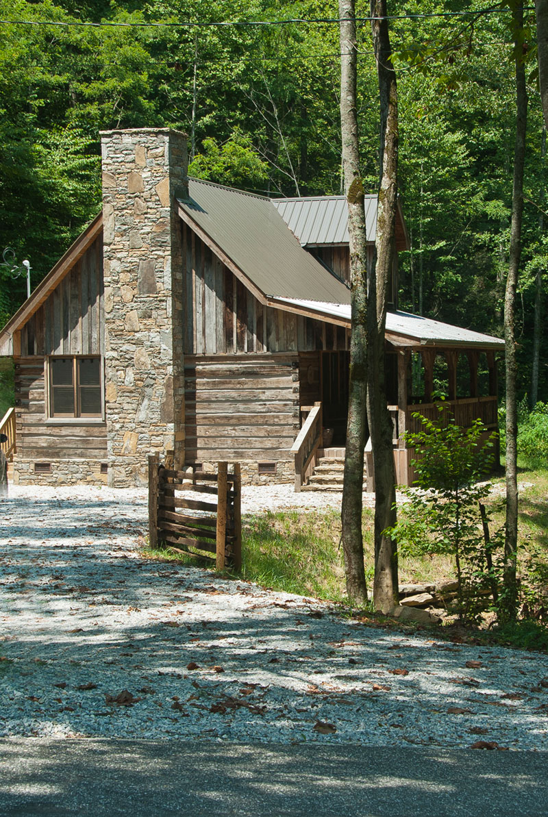 to image luxury conservation cabins cabin log rock property ski in from sugar s mountain the bed yards close ha cozy beach home near deal blowing appalachian nc area